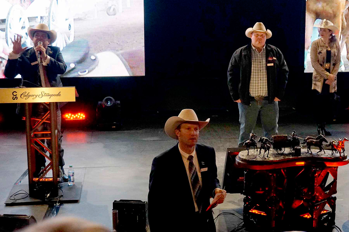 2015-03_chuckwagon-auction_010